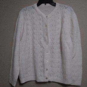 Women's cable knit White Long Sleeves sweater